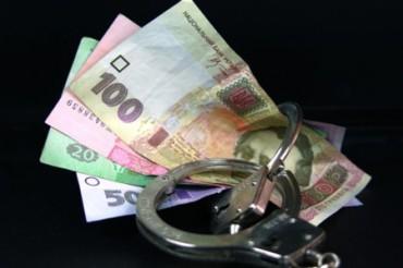 Спіймали чиновницю на хабарі у 28 тисяч гривень