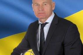 Позапартійний Віктор Анін лідирує у Кременецькому виборчому окрузі, а рейтинг переможця минулих перегонів знизився у два рази