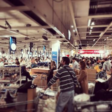 Завтра с утра во многих магазинах будут пустые полки