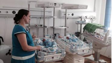 У матері восьми дітей народилася трійня