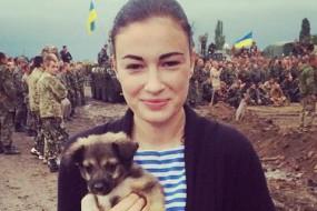 Співачка Анастасія Приходько розкритикувала козака Гаврилюка за проституцію