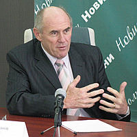 31 березня чат-конференція з головою Організації Українських Націоналістів (бандерівців) Стефаном Романівим