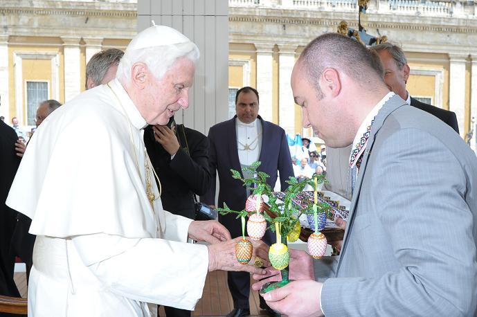 Як Сергій Надал з Олексієм Кайдою з Папою Римським зустрічались