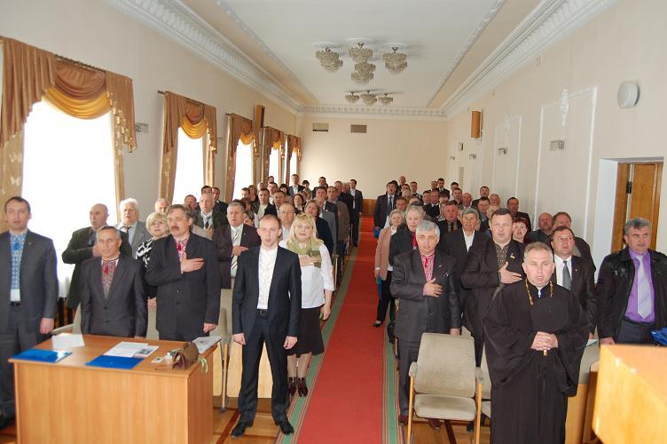 Анатолія Вихруща переобрали головою Тернопільської крайової організації Народного Руху України
