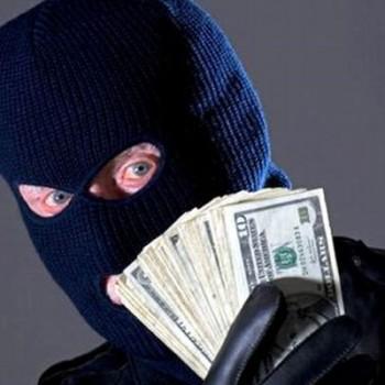 П'ятеро крадіїв поцупили зі сховищ чверть мільйона гривень овочами