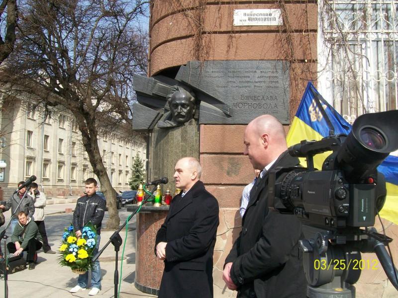 На всіх патріотів України «камазів» не вистачить