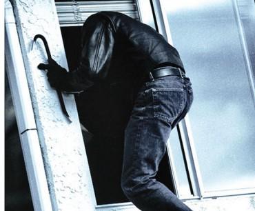 Злодій спокусився на електрокабель від ліфта