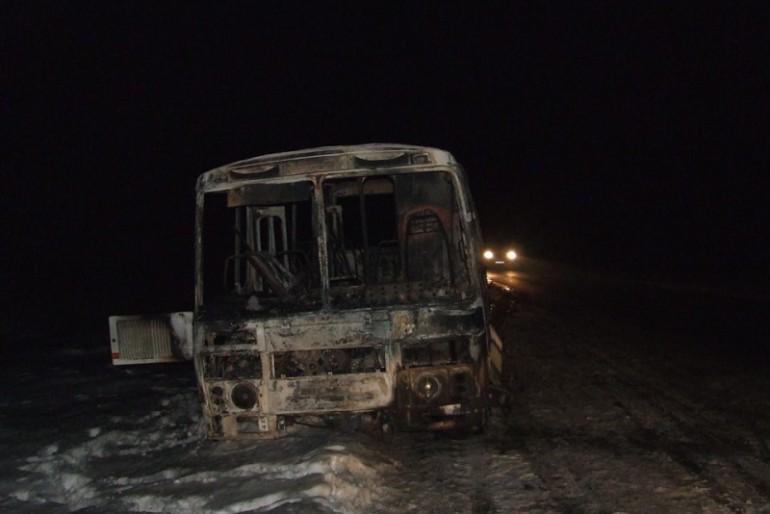 Що трапилось з автобусом біля села Сухостав?