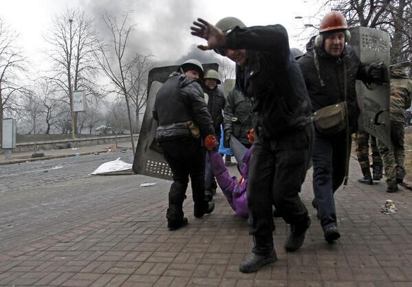 Фоторепортаж з Майдану: жахіття сьогоднішнього дня