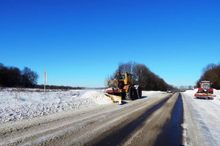 На дорогах Тернопільщини запанувало ідеальне прибирання?