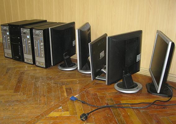 У Гусятинському районі знайшли комп'ютери з київської адміністрації