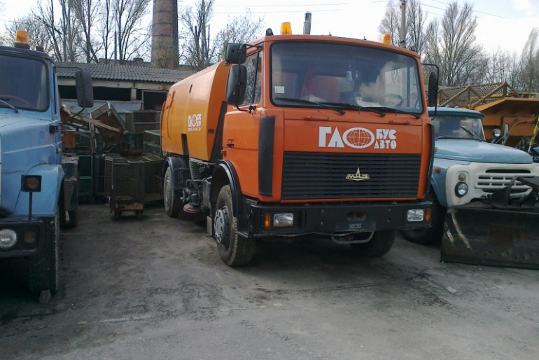 Новітні методи прибирання Тернополя від міського голови Надала