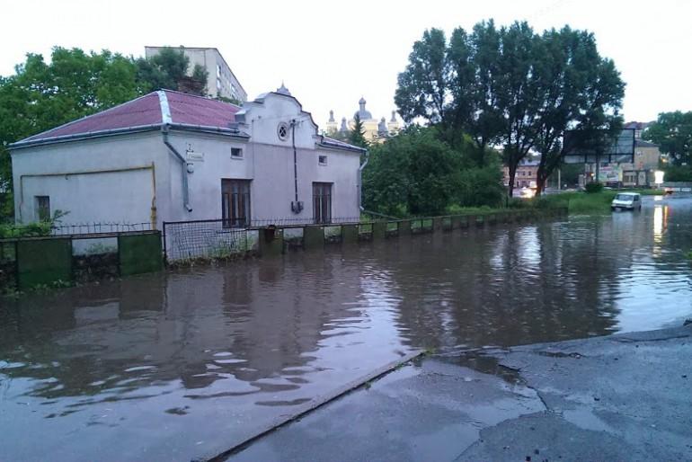 Як заливало Тернопіль (фото, відео)