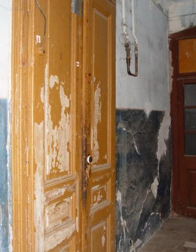 Будинок на Крушельницькій: до і після падіння