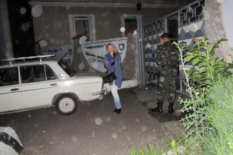 У Тернопільській військовій частині п'ють і розважаються із жінками