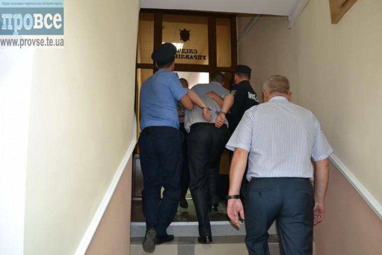 Як громадськість змусила прокуратуру і міліцію затримати вбивцю