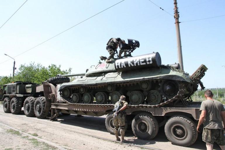Українські військові повертають пам'ятники Великої Вітчизняної війни