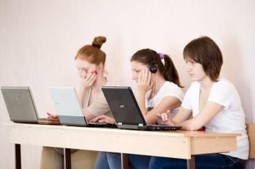 На допомогу учням приходить онлайн-навчання