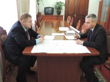 Чому керівника Служби автомобільних доріг у Тернопільській області вважають ставлеником Януковича?