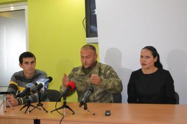Дмитро Ярош у Тернополі: без реклами і гриму (відео)