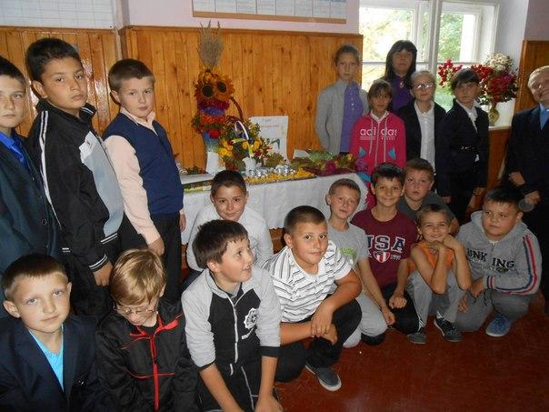 Учні школи імені Осипа Маковея вклали свою лепту у допомогу армії