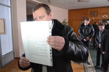25 червня у Кременці знову кинуть у сміттєві баки всіх продажних суддів і прокурорів?