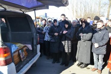 Тернополяни зустріли загиблого героя АТО Олександра Орляка (фото, відео)