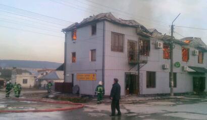 """У Бережанах згорів готель """"Надія"""""""