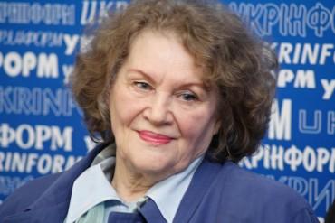 Ліні Костенко сьогодні 85 років
