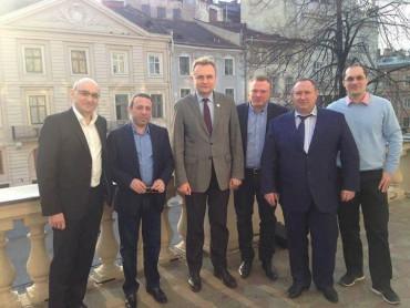 Коломойський вже має свого кандидата №1 в президенти