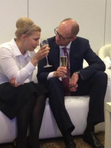 Яценюк назвав брехливою кампанію Тимошенко за прозорість тарифів на послуги ЖКГ