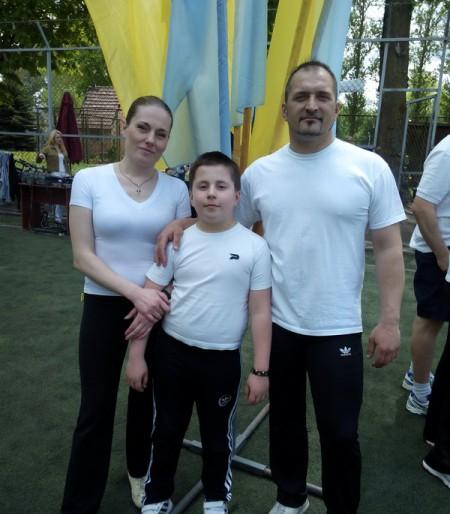 Мама, тато, я – спортивна сім'я