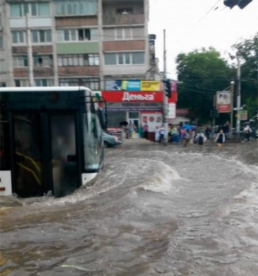 У Криму затопило Сімферополь (фото)