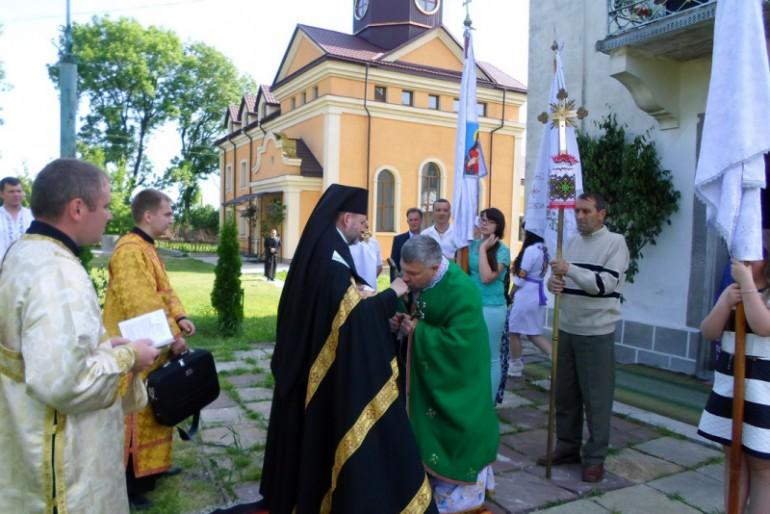 На Чортківщині просили миру і великі і малі