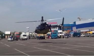 У Хмельницьку багатії літають на гелікоптері в магазин (відео)