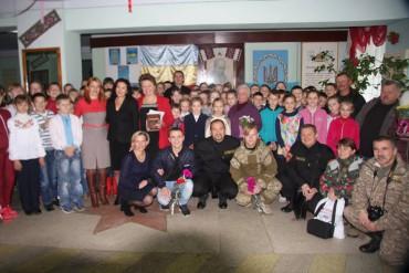 В Озерній нагородили школу орденом