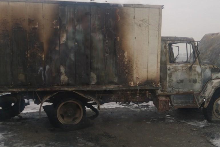 У Ланівцях згоріла вантажівка (фото)