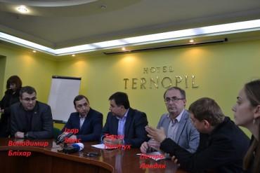 """Як у Тернополі хотіли сфальсифікувати вибори на користь мера Надала і партію """"Свобода"""" (відео)"""