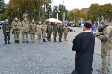 Правосекторівці Тернопільщини відправились на блокаду Криму