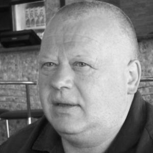 """Екс-президент тернопільської """"Ниви"""" приватизував торгові ряди поряд з автовокзалом"""