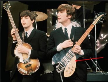 Гітару Джона Леннона продали за 910 тисяч доларів