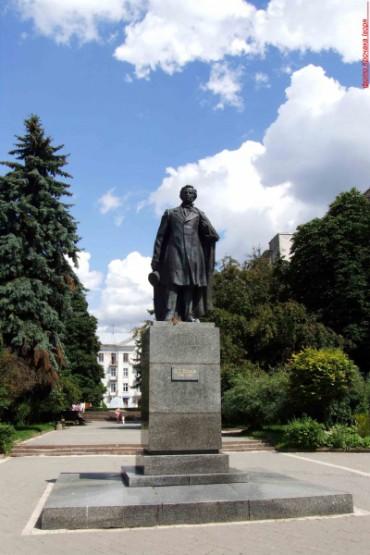 Щодо пам'ятника поету Пушкіну в Тернополі