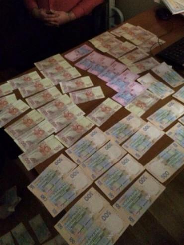 Тернопільський податківець вимагав хабар за безперешкодне банкрутство підприємства