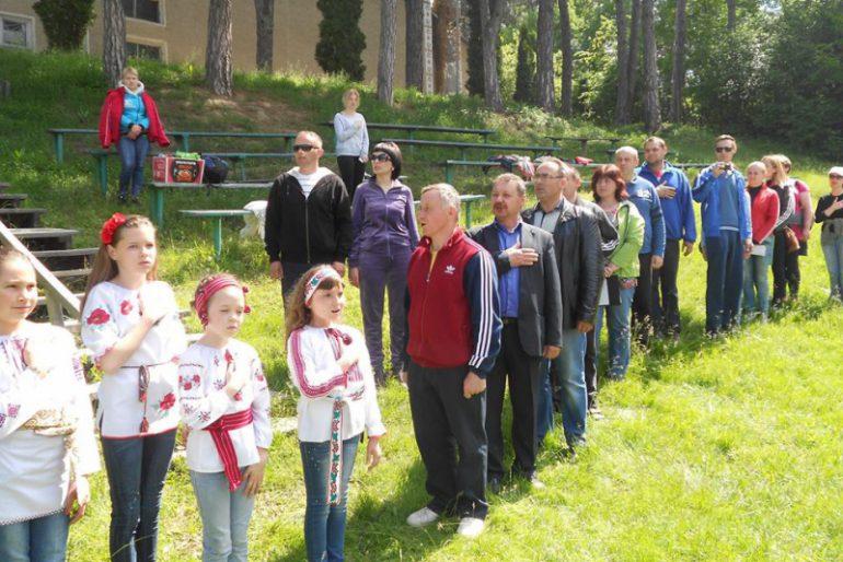 На Борщівщині школярі змагались з пішохідного туризму