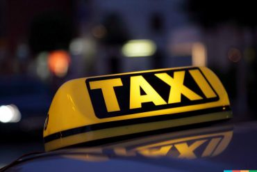Автомобільний злодій обікрав таксиста
