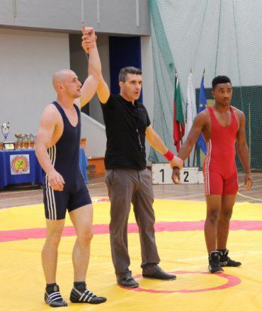 Віталій Гирба став срібним призером на турнірі борців в Португалії