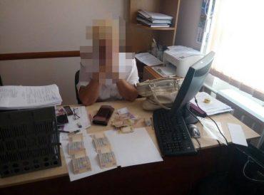 У Тернополі СБУ затримала на хабарі головного інспектора будівельного нагляду
