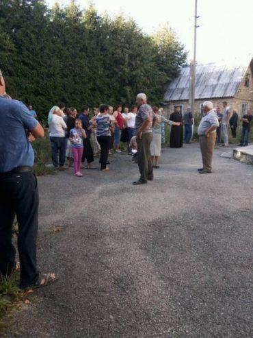 Громада села Кути змогла потрапити у церкву