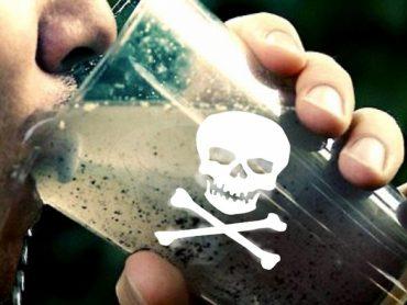 В Україні підвищили тарифи на неякісну воду з крана, яку п'ють самогубці