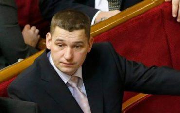 """""""Укрспирт"""" замовив фірмі нардепа-""""порошенківця"""" Люшняка меляси на 7,5 мільйонів"""